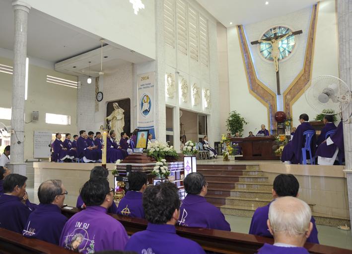 Thánh lễ an táng Cha cố Đa Minh Bùi Quang Tuyến