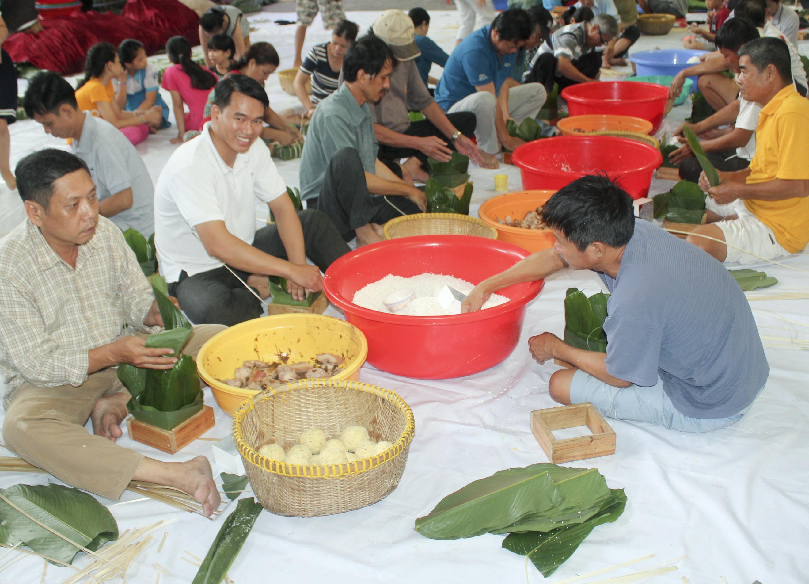 Lễ Hội Bánh Chưng Xuân Đinh Dậu 2017 Tại Gx Tân Thái Sơn