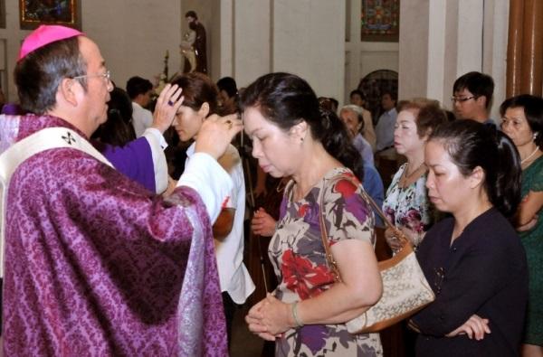 Thông báo về việc cử hành Lễ tro và việc Ăn chay