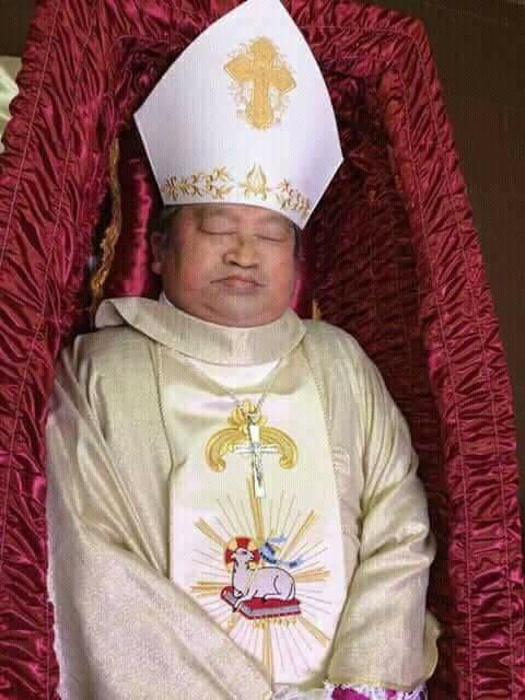 Trực tuyến: Đón Thi hài Đức cố TGM Phaolô tại sân bay Tân Sơn Nhất và Thánh lễ Phát tang